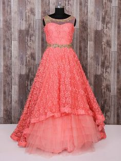 Kids Party Wear Dresses, Gown Party Wear, Party Wear Indian Dresses, Indian Wedding Gowns, Kids Dress Wear, Indian Gowns Dresses, Dresses Kids Girl, Gown Wedding, Girls