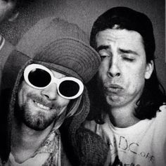 ImageFind images and videos about nirvana, kurt cobain and dave grohl on We Heart It - the app to get lost in what you love. Nirvana Kurt Cobain, Kurt Cobain Frases, Band Tumblr, Nirvana Songs, Grunge, Donald Cobain, Smells Like Teen Spirit, Dave Grohl, Foo Fighters