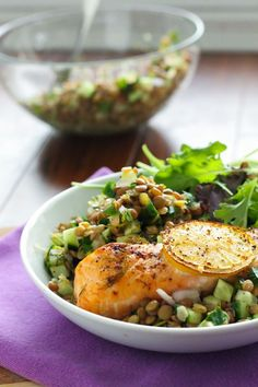 This meal's cheap, easy, and full of flavor #salmon #lentils #recipe