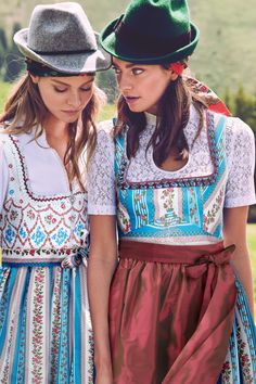 Blusendirndl - Türkis - sportalm.at | Sportalm Austria, German Women, Couture, Bohemian, Womens Fashion, Germany, Bodice, Chic, Blue