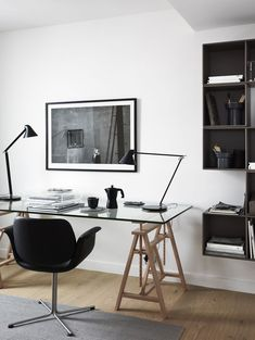 Find home office ideas, including ideas for a small space, desk ideas, layouts, and cabinets. #luxuryoffice