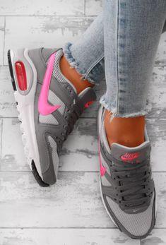 20a0d94a7e6a3f Nike Air Max Command Grey and Pink Trainers - UK 3