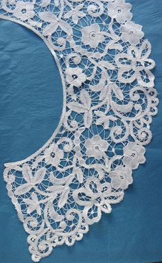Kantcentrum lace dresses