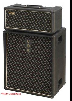 The VOX Showroom - Vox Foundation Bass Amplifier - Tube Version