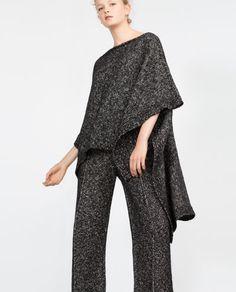 Image 2 of TWIST KNIT CAPE from Zara