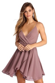 Chiffon Flow Skater Dress - Go with the party flow in this mauve chiffon skater dress! It has a wrap bodice with a deep V neckline, adjustable spaghetti straps, and an exposed back zipper closure, and a wrapped and layered skater skirt. Source by - Hoco Dresses, Mermaid Dresses, Fall Dresses, Dance Dresses, Elegant Dresses, Pretty Dresses, Homecoming Dresses, Sexy Dresses, Casual Dresses