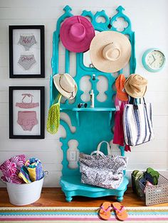 Bright turquoise hall tree. Beach Cottage Style: Adding Color to Coastal Style http://decoratingfiles.com/2012/07/beach-cottage-style-adding-color-to-coastal-style/