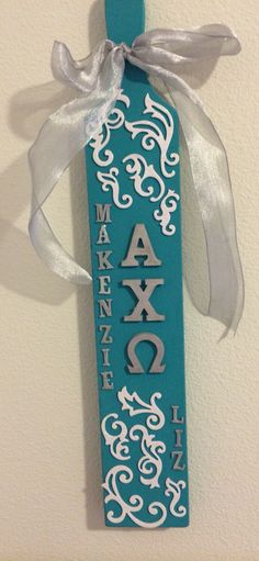 This picture is representing mnemonics using the first letter device. AXO stands for Alpha Chi Omega