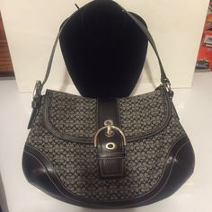 Like new Coach Hobo Style Bag❤️ Like new, Coach bag. No flaws that I can see. Length: 13 inches, height: 9 inches, width 2 inches, depth: 7 inches, handle drop: 9 inches. Internal zippered pockets, picture shows serial number. ❤️ Coach Bags Hobos