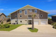 VRBO.com #192578ha - Big Beach House with Plenty of Room for Everyone.  Game Room with Pool Table.