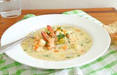 Lovely, thick and creamy chowder, which is simple to make.