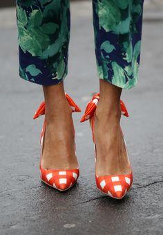 mixing prints /// #fashion #prints #bold helenaalexandraonline.blogspot.co.uk
