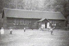 The Coalmont School.