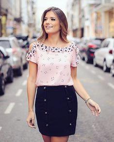 {Preto e Rose by @donnaritzoficial} Blusa estampada de gatinho e coração com saia de botões!  #donnaritz6anos #blogtrendalert