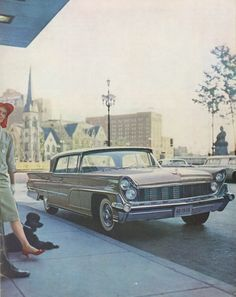 The 1959 Lincoln Continental Mark IV came with 6-way powered seats, standard.