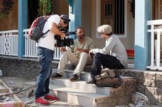 serial tourist. bombay. feb. 18th 2015. 21h30 (20:30 gmt). voyage