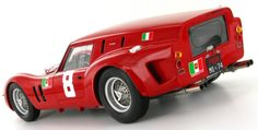 1:18 model of the Scuderia SSS Republica di Venezia Ferrari 250 GT Drogo 'Breadvan' as raced to 4th place by Carlo Abate at the Guards Trophy at Brands Hatch in 1962.