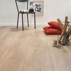 Types Of Hardwood Floors, Refinishing Hardwood Floors, Timber Flooring, Vinyl Flooring, White Washed Floors, Floor Colors, Wood Bedroom, Floor Design, Interior Decorating