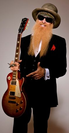 William Frederick Billy Gibbons is an American musician, actor and car customizer, best known as the guitarist of the Texas blues-rock band ZZ Top. He is also the lead singer and composer for many of the bands songs. Zz Top, Easy Guitar, Cool Guitar, Pop Rock, Rock And Roll, The Band Songs, Billy Gibbons, Musica Pop, Gibson Les Paul