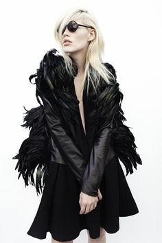 FERNANDO FRISONI, AW11: feather cape?? #fernando_frisoni #outerwear