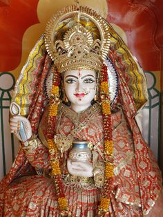 Statue of the Hindu Goddess Annapurna (Parvati) Giving Food, Lakshman Temple, Rishikesh, Uttarakhan