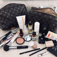 Makeup Revolution The Emily Edit once Makeup Bag Organizer Sephora after Makeup Glitter her Makeup Bag Organizer Sephora an Makeup Vanity Lowes Makeup Storage, Makeup Organization, Makeup Drawer, Storage Organization, Makeup Cosmetics, Drugstore Makeup, Benefit Cosmetics, Sephora, Whats In My Makeup Bag