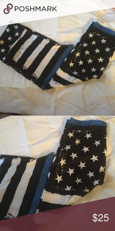 "Not LulaRoe TC Capri thin blue line These are Charlie's Project Capri. TC Thin Blue line. ""Leggings for a Cause"" New.... support your police! They are marked LulaRoe for ATTENTION only!!!! They do have a yoga waist band like LLR. LuLaRoe Pants Leggings"