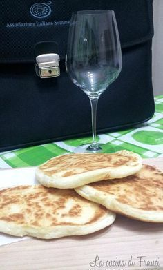 Intolleranti al glutine problemi col pane quotidiano???ecco la ricetta del Pane veloce in padella senza glutine senza lievito