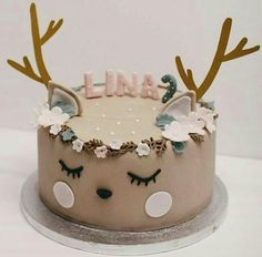 27 beliebtesten Weihnachtsideen - Pretty My Party - Partyideen - let them eat cake - Rezepte Pretty Cakes, Cute Cakes, Beautiful Cakes, Amazing Cakes, Reindeer Cakes, Animal Cakes, Fancy Cakes, Pink Cakes, Creative Cakes