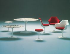 Eero SAARINEN : table  chaise  tabouret