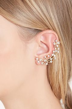 Complete your outfit with eye-catching earrings from Forever Choose from oversized hoops, dazzling studs, tasseled earrings, tiered drop earrings, sets & more. Prom Jewelry, Ear Jewelry, Bridal Jewelry, Jewelry Accessories, Antique Jewellery Designs, Ear Crawler Earrings, Bridal Earrings, Cuff Earrings, Antique Earrings