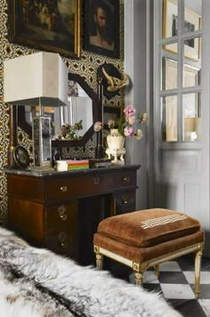 Great bench and marble topped desk South Shore Decorating Blog: Weekend Roomspiration #10