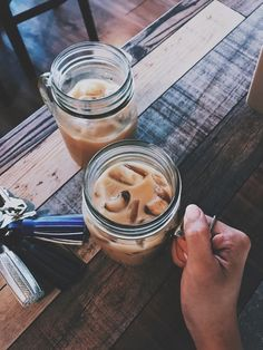 The Advantages of Cold Brew Coffee Photography Ideas If you relish your brew at the coffee bar, make sure to get a bottle to enjoy later. The cold bre. Coffee Break, Iced Coffee, Coffee Drinks, Coffee Art, Morning Coffee, Aesthetic Coffee, Aesthetic Food, Barista, Smothie Bowl