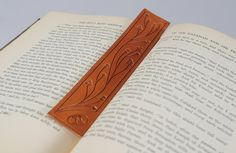bookmark Leather Bookmarks, Leather Carving, Leather Books, Leather Crafts, Larp, Markers, Hand Carved, Whimsical, Reading