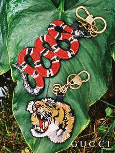 Presenting gifts from the Gucci Garden. Tokens from Gucci Gift: keychains with embroidered animals by Alessandro Michele