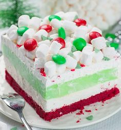 19 Christmas Desserts Santa Wants This Year Instead of Cookies