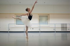 Pittsburgh Ballet school student to compete internationally.