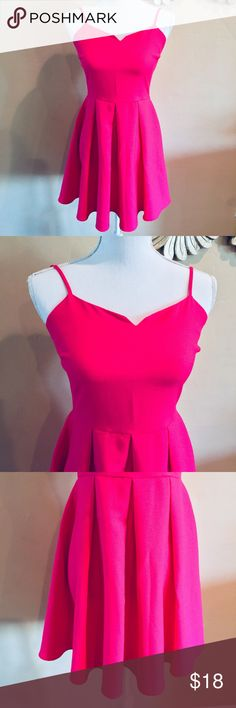 { EVERLY } Notched Neck Skater Dress Everly Women's Sleeveless Sweetheart Neckline Skater Dress Hot Pink  Size Small S 100% polyester  Preowned good condition Everly Dresses Mini
