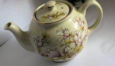Magnolia Teapot by Sadler of England, 1.5 Pint Capacity  Tea Party Centrepiece…