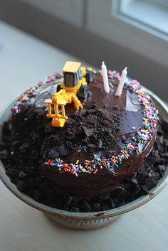 excavator birthday cake by erinmatthes, via Flickr