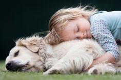 Искренние и эмоциональные снимки;) Дружба между животными и детьми