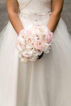 Spring bouquet idea - blush + white peonies, ranunculus and gardenias {Arte De Vie}
