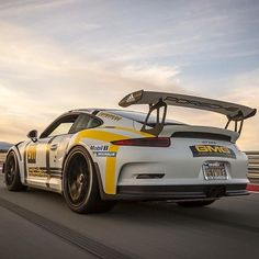 @petfred 's #GT3rs looks almost as good as it sounds thanks to some upgrades at #GMGRacing . Another killer shot by @iamted7  #petwolf #gtac #exoticsoncanneryrow #fuelrun #goldrushrally  #ferrarimotorsport  #hrewheels #hre #tirestickers #porsche #gt3 #911 #991gt3rs #gtac #protectivefilmsolutions