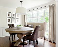 Dining Room Trends and Tips - Lindsay Hill Interiors - traditional-dining-room settee - Settee Dining, Banquette Seating In Kitchen, Dining Chairs, Club Chairs, Room Chairs, Banquette Bench, Dining Bench, Elegant Dining Room, Dining Room Design