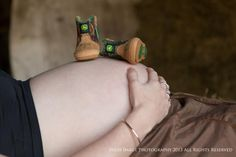 Country pregnancy photo