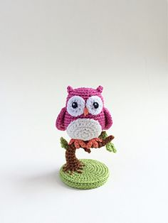 Owl free amigurumi pattern by Uljana Semikrasa on Ravelry, thanks so xox ☆ ★ https://uk.pinterest.com/peacefuldoves/