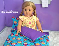 """This is an adorable winking owl sleeping bag set, perfect for any doll!    This sleeping bag set includes:    1 – Sleeping Bag 12"""" x 21""""  1 – Main Pillow 8"""" x 6"""""""