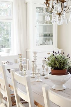 White Shabby Chic Living from Norway