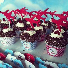 Festa Personalizada Avião .    * Para personalizar entre em contato com a Papermint.    papermint@papermint.com.br
