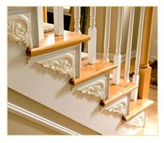 Best Colonial Revival Beautiful Detail On The Steps A Nod 640 x 480